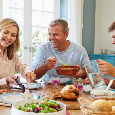 3 activities to help make family dinner a little more fun!